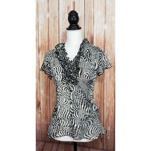 East 5th Black White Printed Top Ruffle Neck med